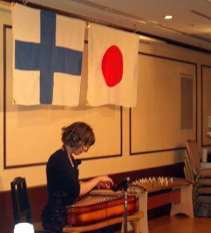 恒例のカンテレによる国歌演奏